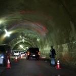新太和金トンネル貫通式